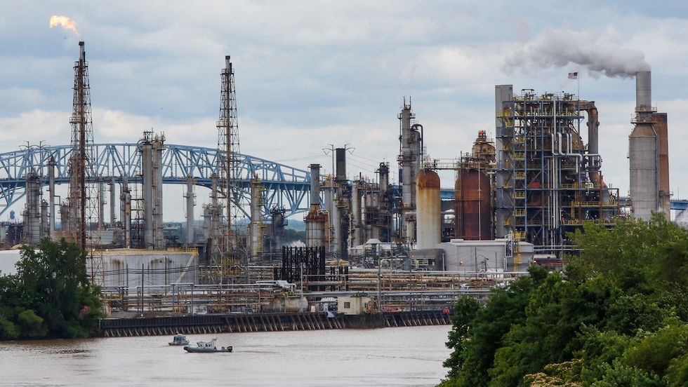 10 U.S. Oil Refineries Released Carcinogenic Benzene Above EPA Limits in 2019