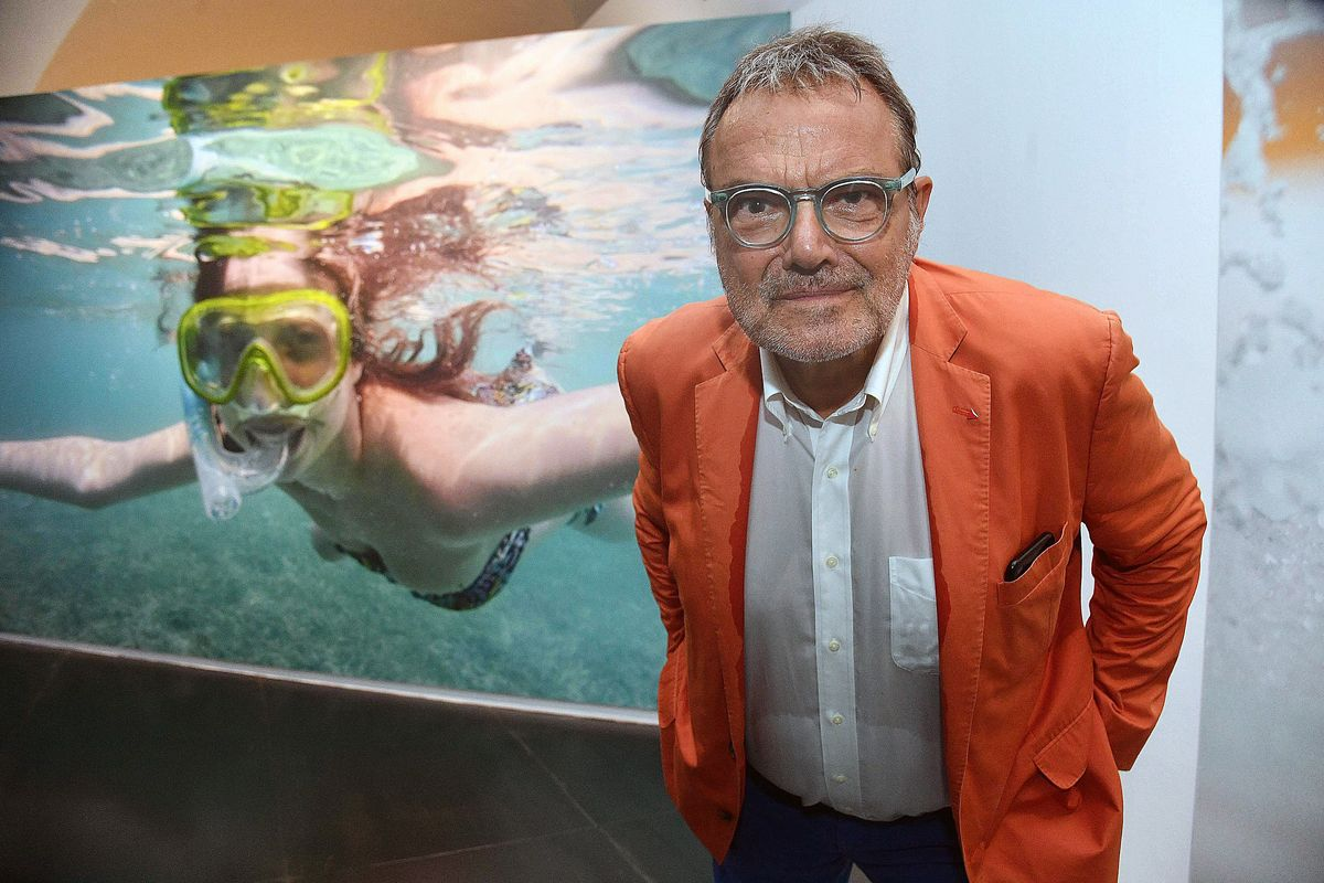 Toscani svela l'ipocrisia Benetton sul ponte