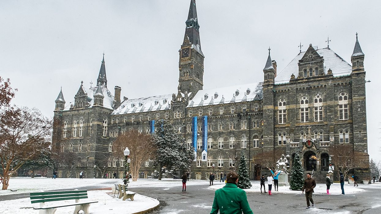 Georgetown Announces Fossil Fuel Divestment, Students Across U.S. Demand Their Schools Follow Suit