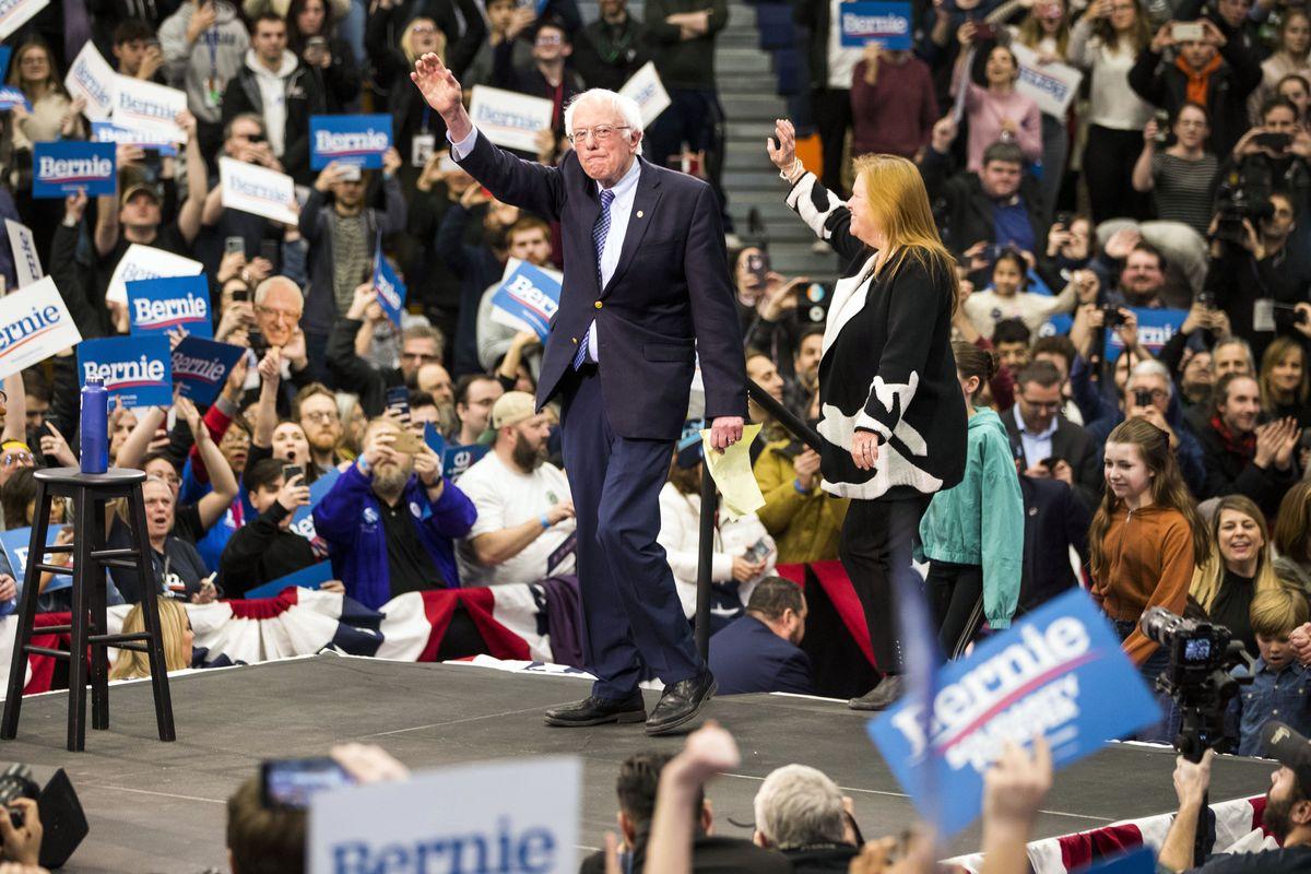 Nella lotta tra i dem per l'autodistruzione Sanders inciampa sulla mina dell'aborto