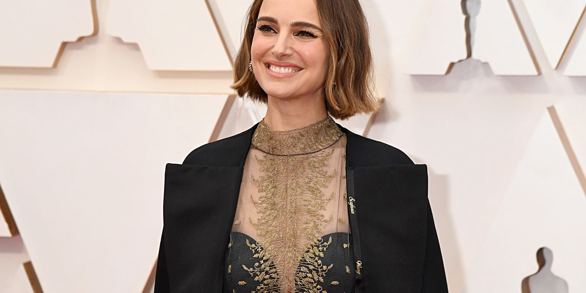 Rose McGowan blasts fellow actress Natalie Portman for 'feminist' Oscars outfit: 'You are the problem'