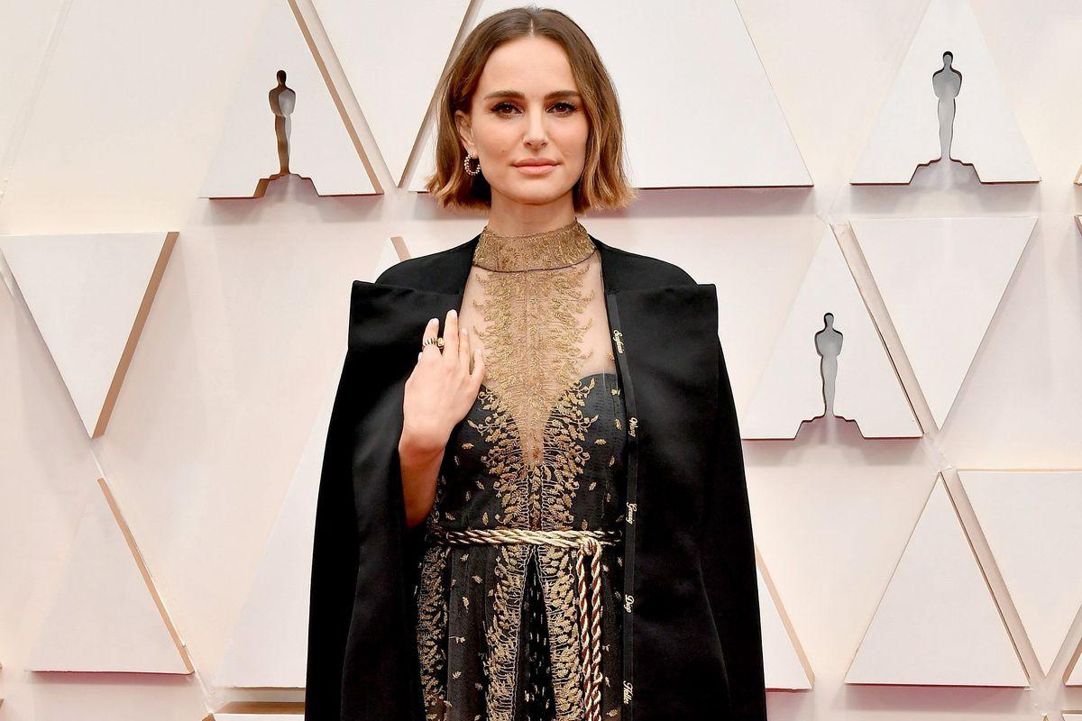 Natalie Portman Responds to Rose McGowan's 2020 Oscars Cape Criticism - PAPER
