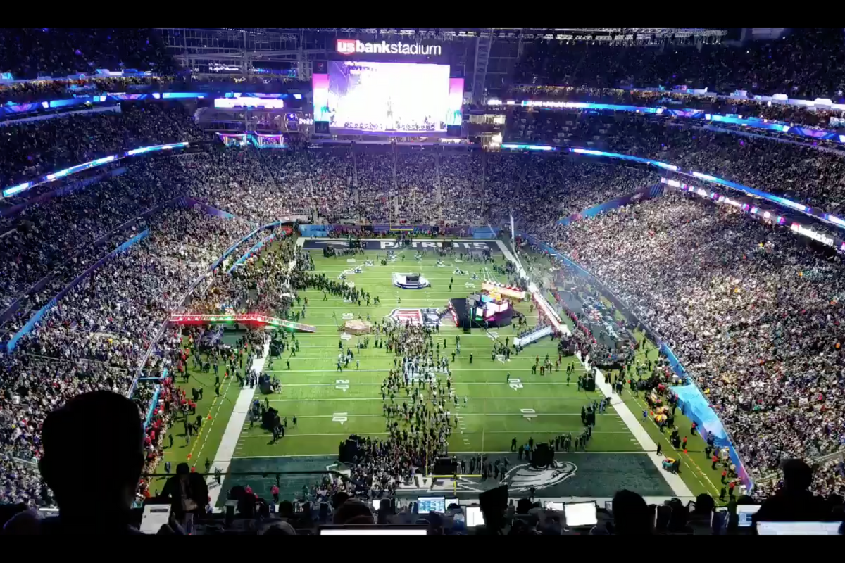 A teen is petitioning to get the Super Bowl moved to Saturday, and he kind of has a point
