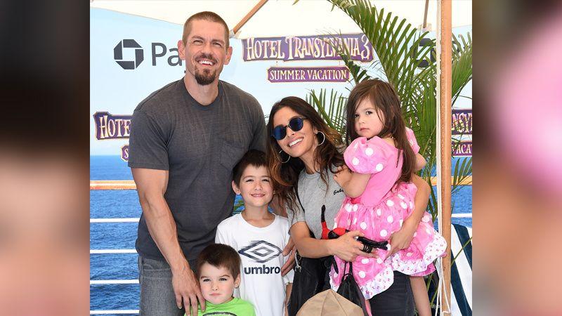 Steve Howey, wife Sarah Shahi, and kids at a movie premiere.