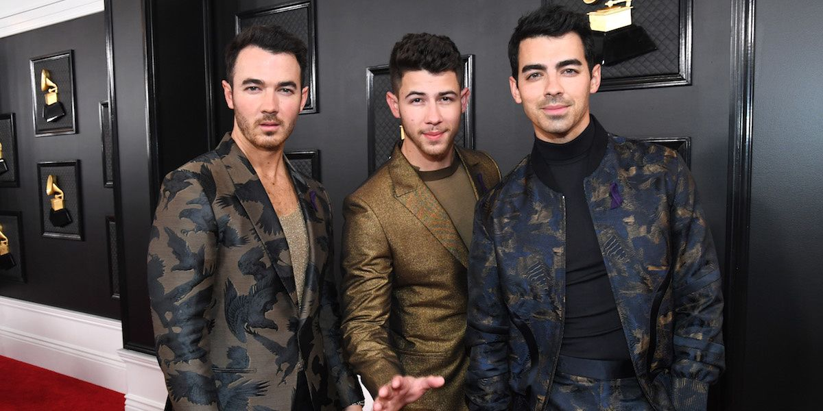 """See Jonas Brothers' 2020 Grammys Performance of """"What A Man Gotta Do"""""""