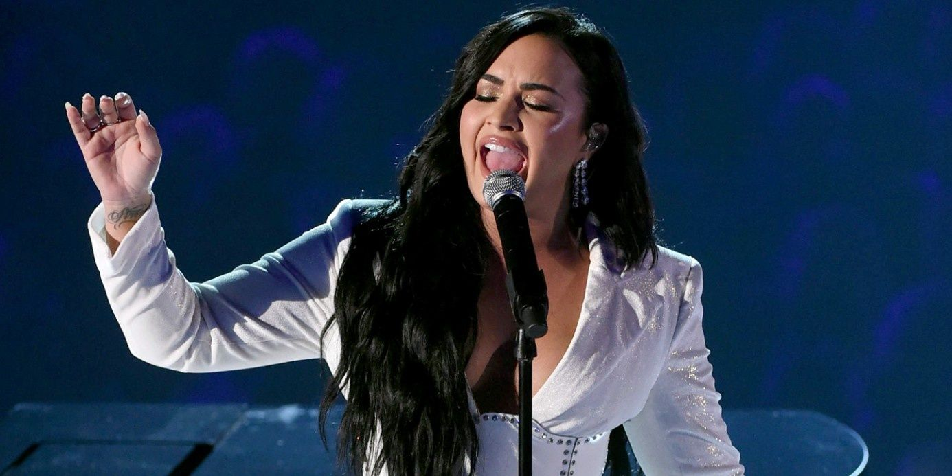 Demi Lovato Staged A Triumphant, Emotional Comeback At Grammy Awards