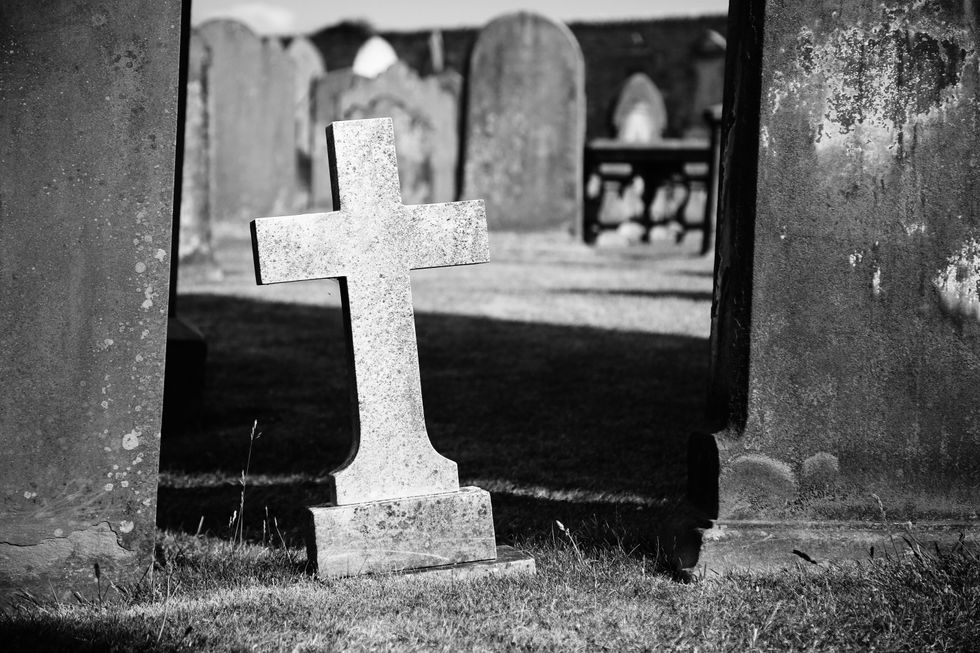 8 Things Death Taught Me That Changed My Outlook On Life