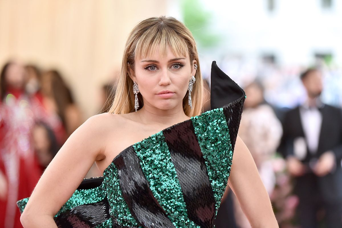 Miley Cyrus Says She's 'Not Invited to Award Shows Anymore'