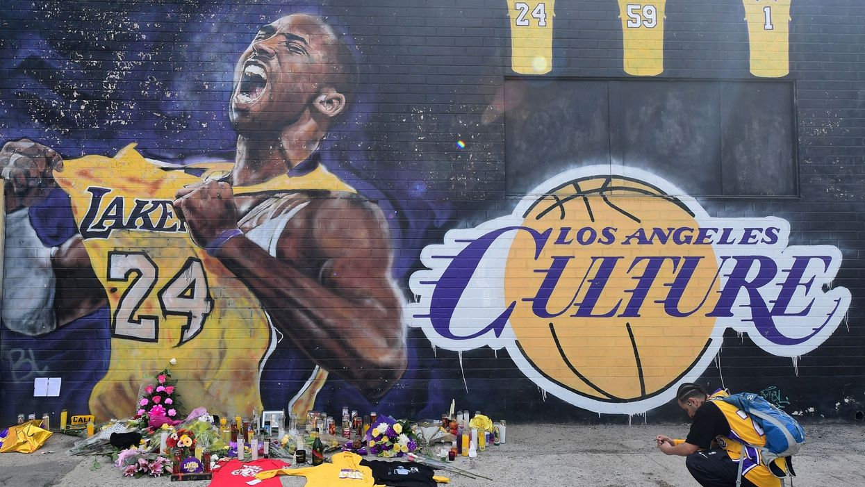 WaPo ripped by union over suspension of reporter who tweeted Kobe Bryant rape allegation story following his ...