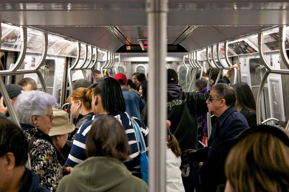 Here's How To Know If You're Experiencing 'Subway Anxiety,' Because Yes, It's A Thing
