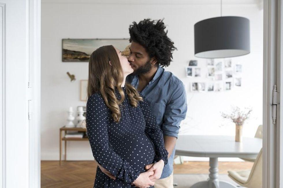 couple pregnant