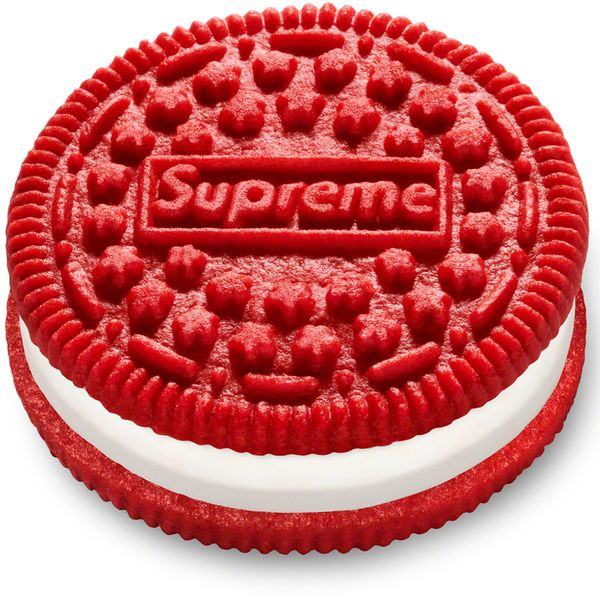 Hypebeasts Can Have a Little Supreme Oreo, as a Treat