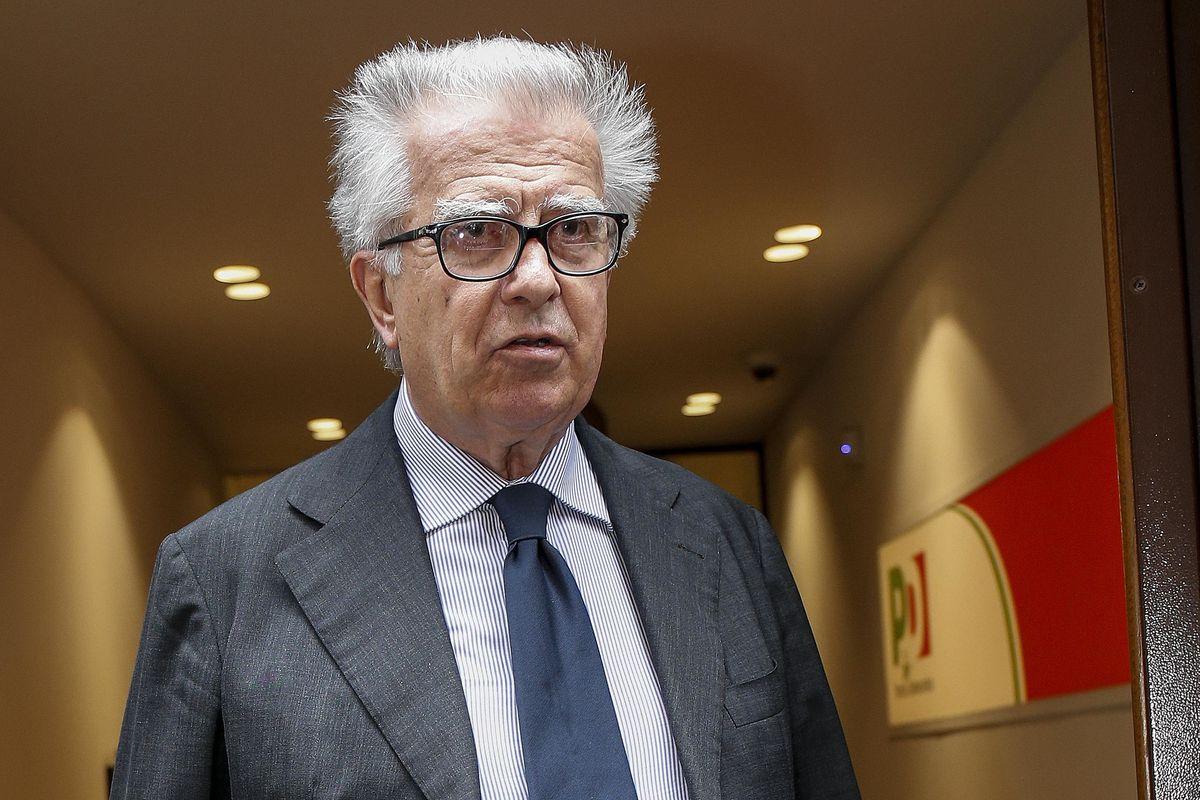 Luigi Zanda: «Renzi ha sbagliato più volte analisi e continua a compiere errori clamorosi»