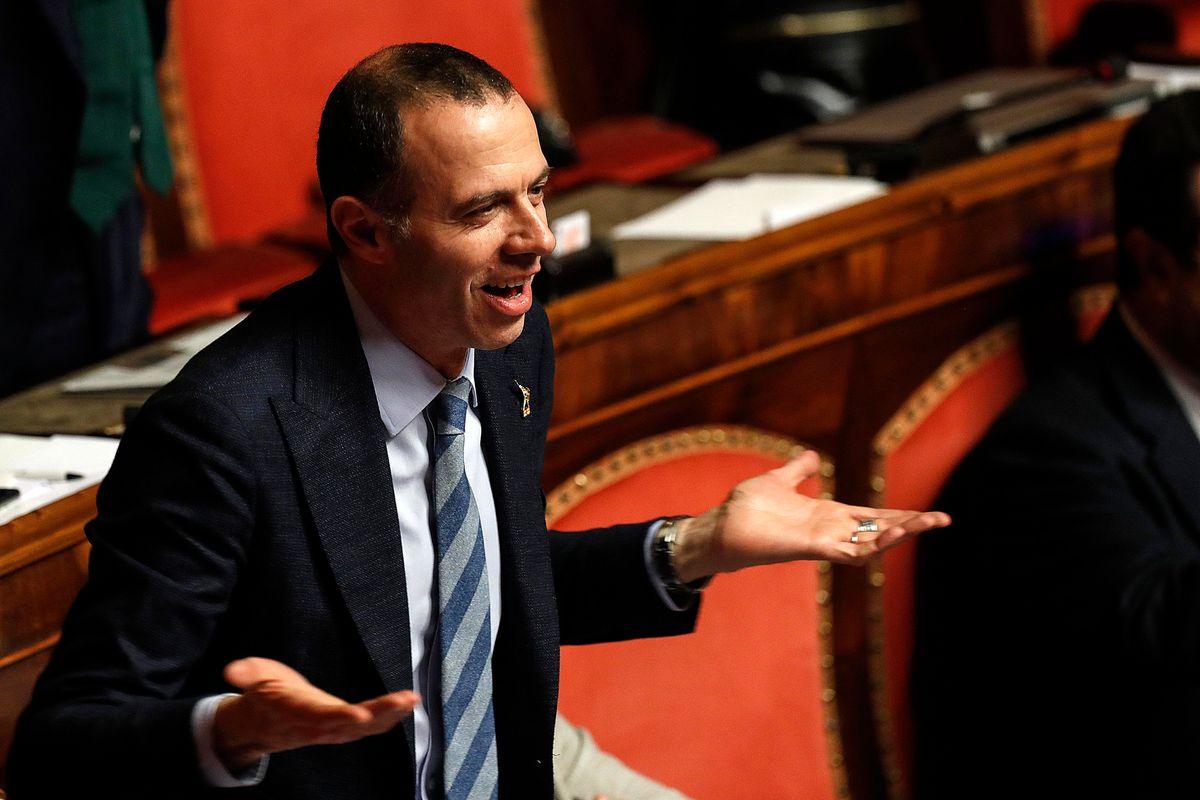 Romeo: «Niente accordi tra noi e Renzi. Si voti a giugno o a settembre»