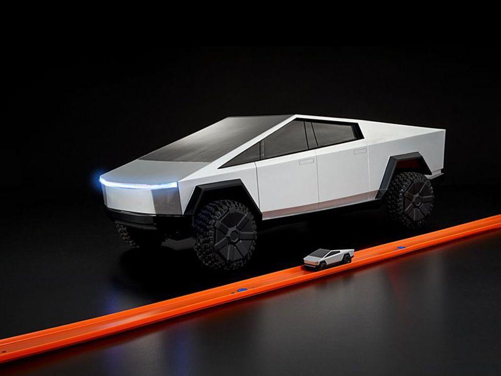 1:64 Hot Wheels R/C Cybertruck