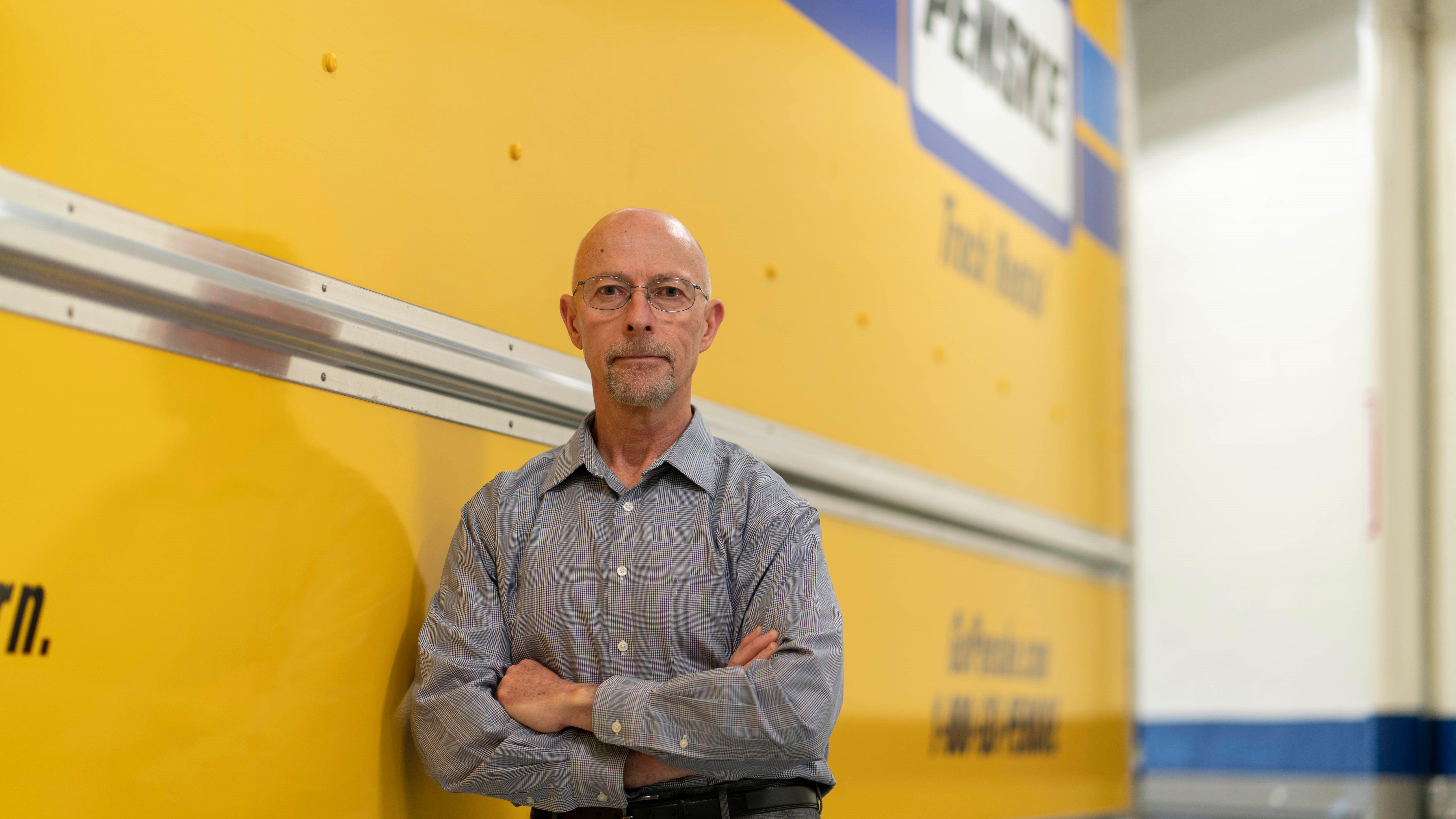 Penske Truck Leasing's Mike Hasinec Received CCJ Magazine Maintenance Leadership Award
