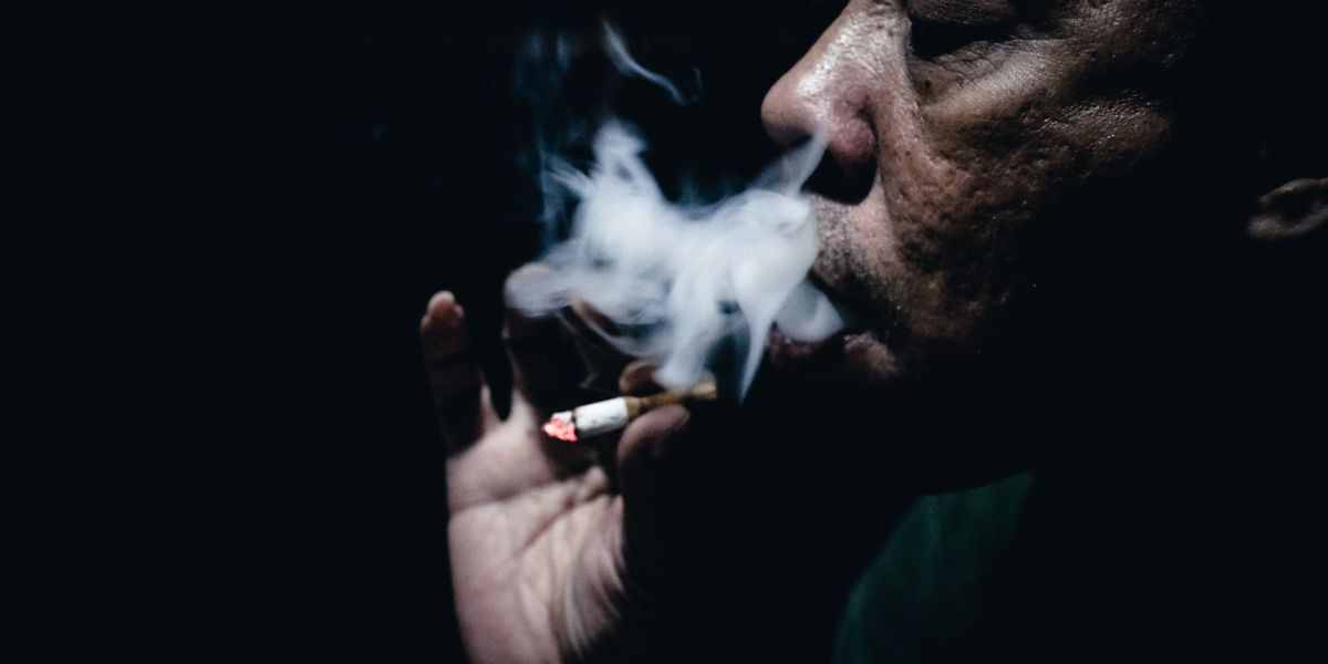 Can't quit smoking? It might be to do with how sad you are