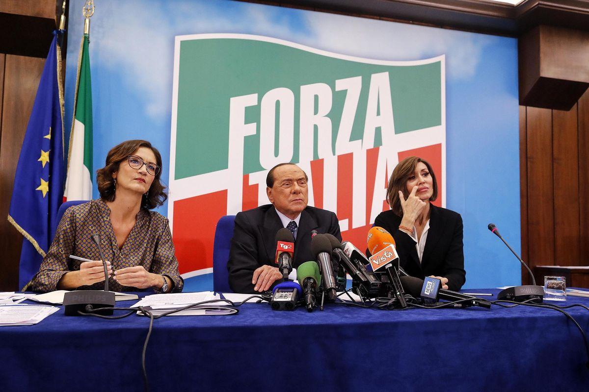 Sotto il virus Forza Italia fa patti con Conte