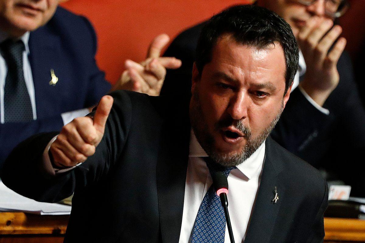 Salvini fa il moderato e guarda agli Stati Uniti di Trump