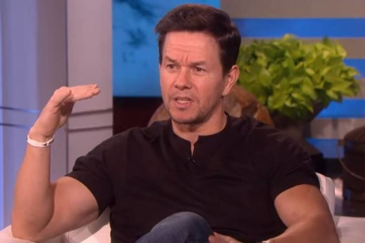 People are applauding Mark Wahlberg for confronting the DJ at his daughter's dance party
