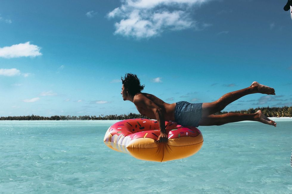 Your Top 5 Tips To Beach On A Budget