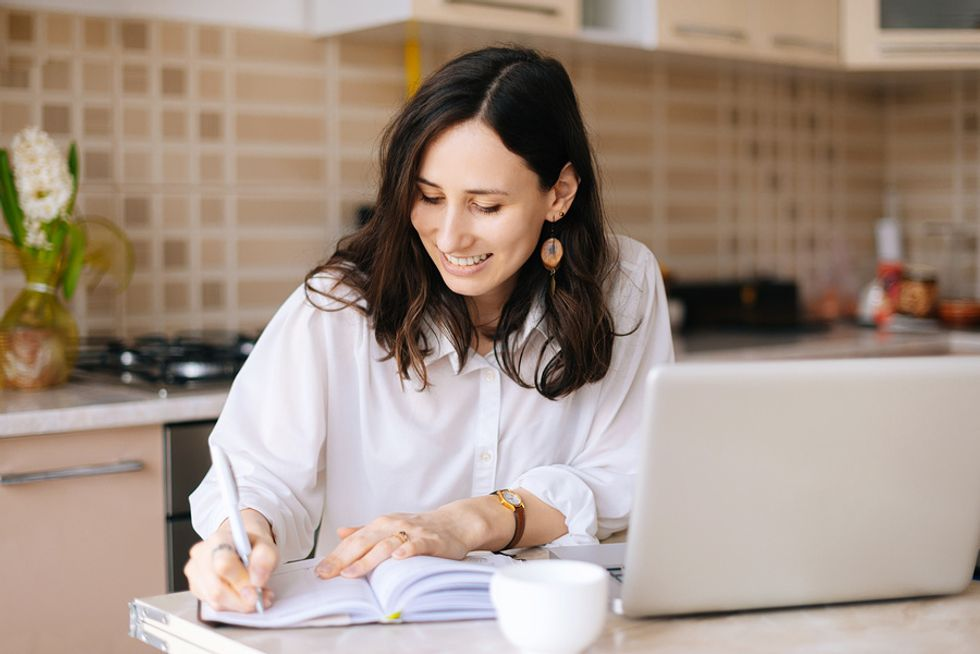 Working mom sets realistic career goals