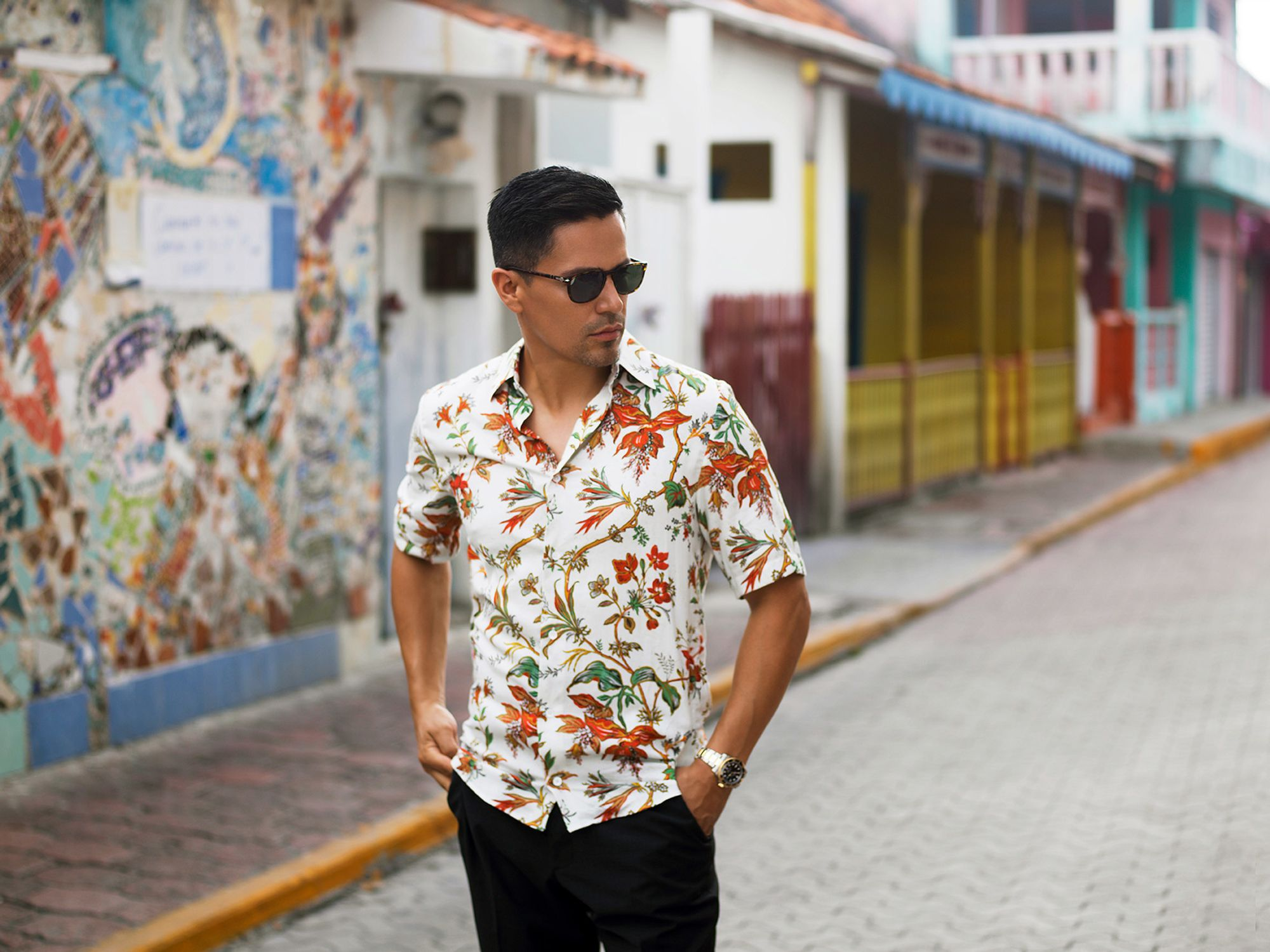 Jay Hernandez of Magnum PI in flowered shirt in Mexico.