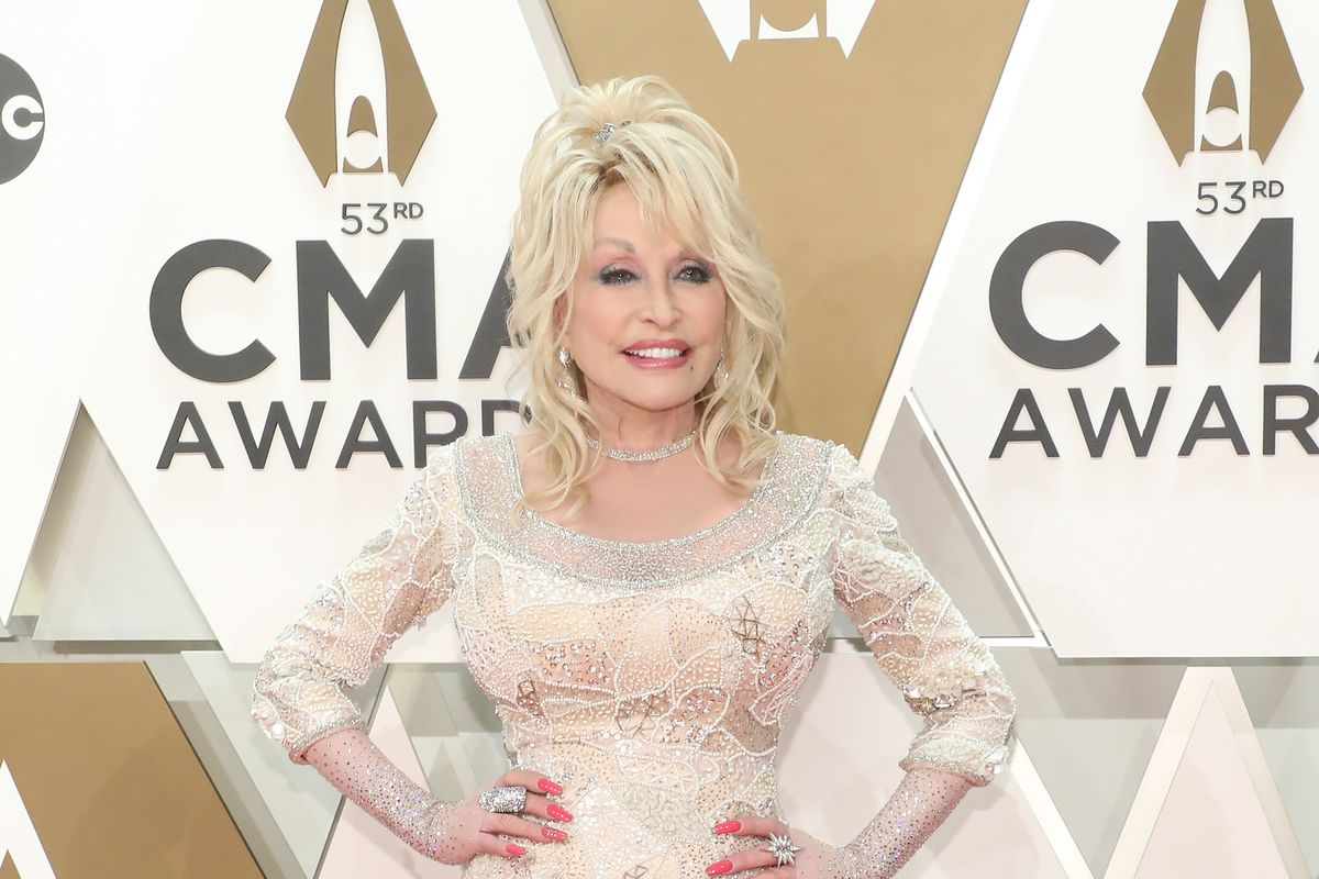 Dolly Parton Should Absolutely Recreate Her Playboy Cover