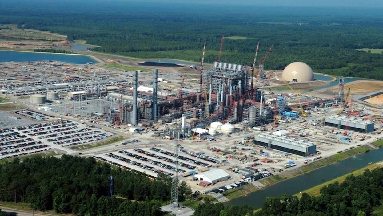Delayed Senate Energy Bill Promotes LNG Exports, 'Clean Coal' and Geoengineering