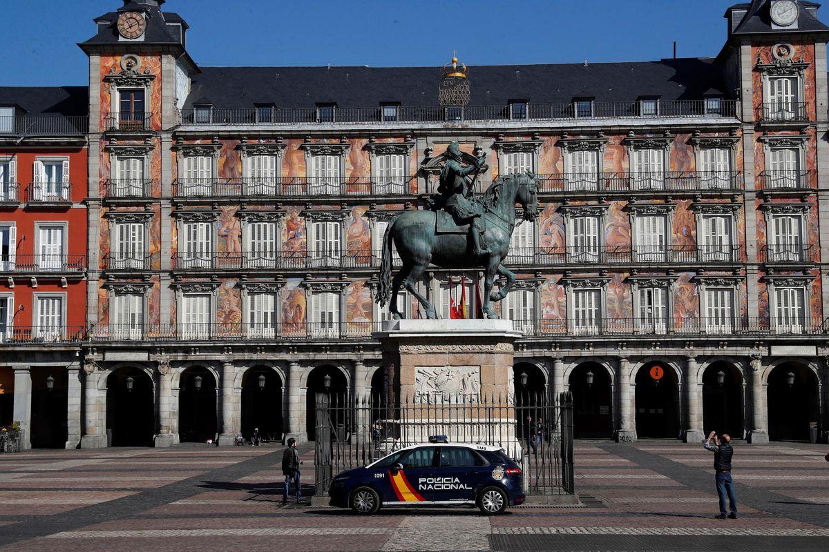 Spagna e Francia copiano il tutti a casa. Il morbo comincia a colpire in Africa