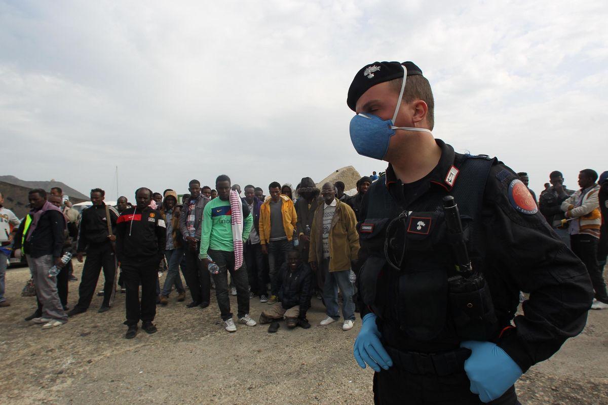 Malati in Libia, ma gli sbarchi riprendono