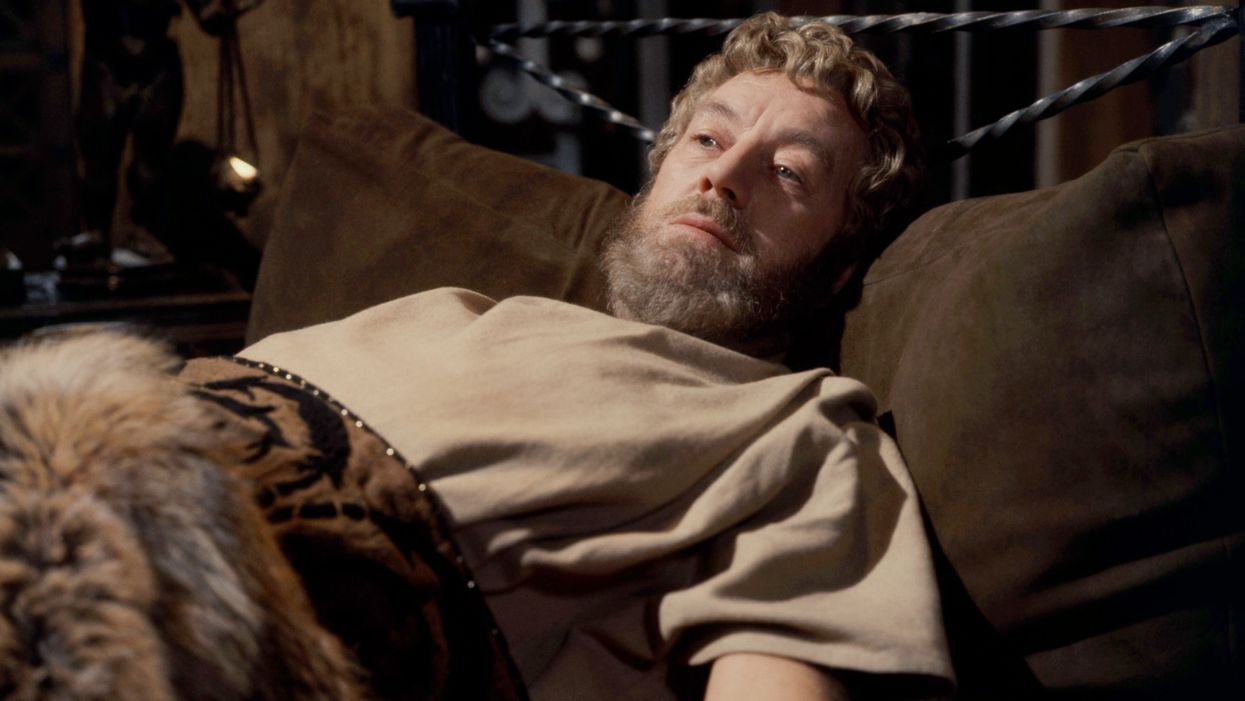 Alec Guinness in 'The Fall of the Roman Empire'
