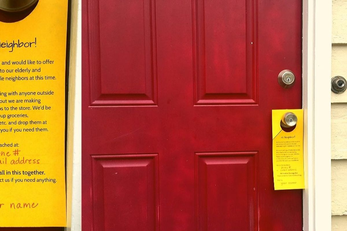 Here's a free printable door hanger that lets neighbors know you're available to help