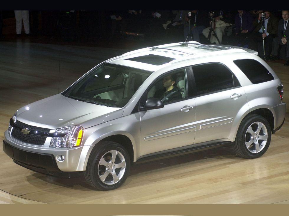 2003 Chevrolet Equinox debut Detroit Auto Show