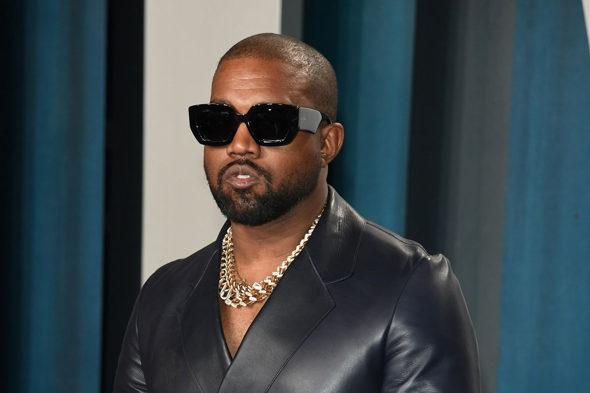 Kanye Donates Thousands of Meals in LA and Chicago