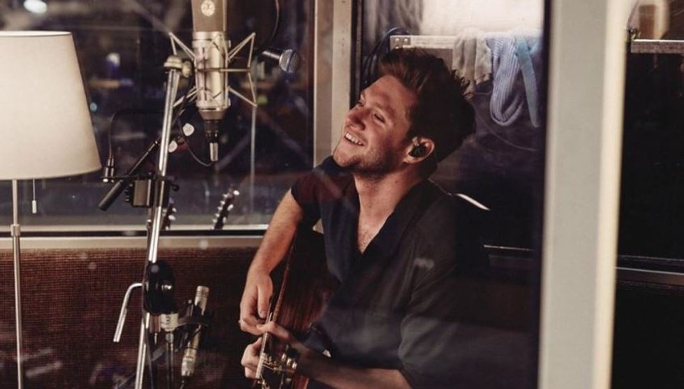 Niall Horan's Album 'Heartbreak Weather' Perfectly Sums Up The Emotions of a Relationship