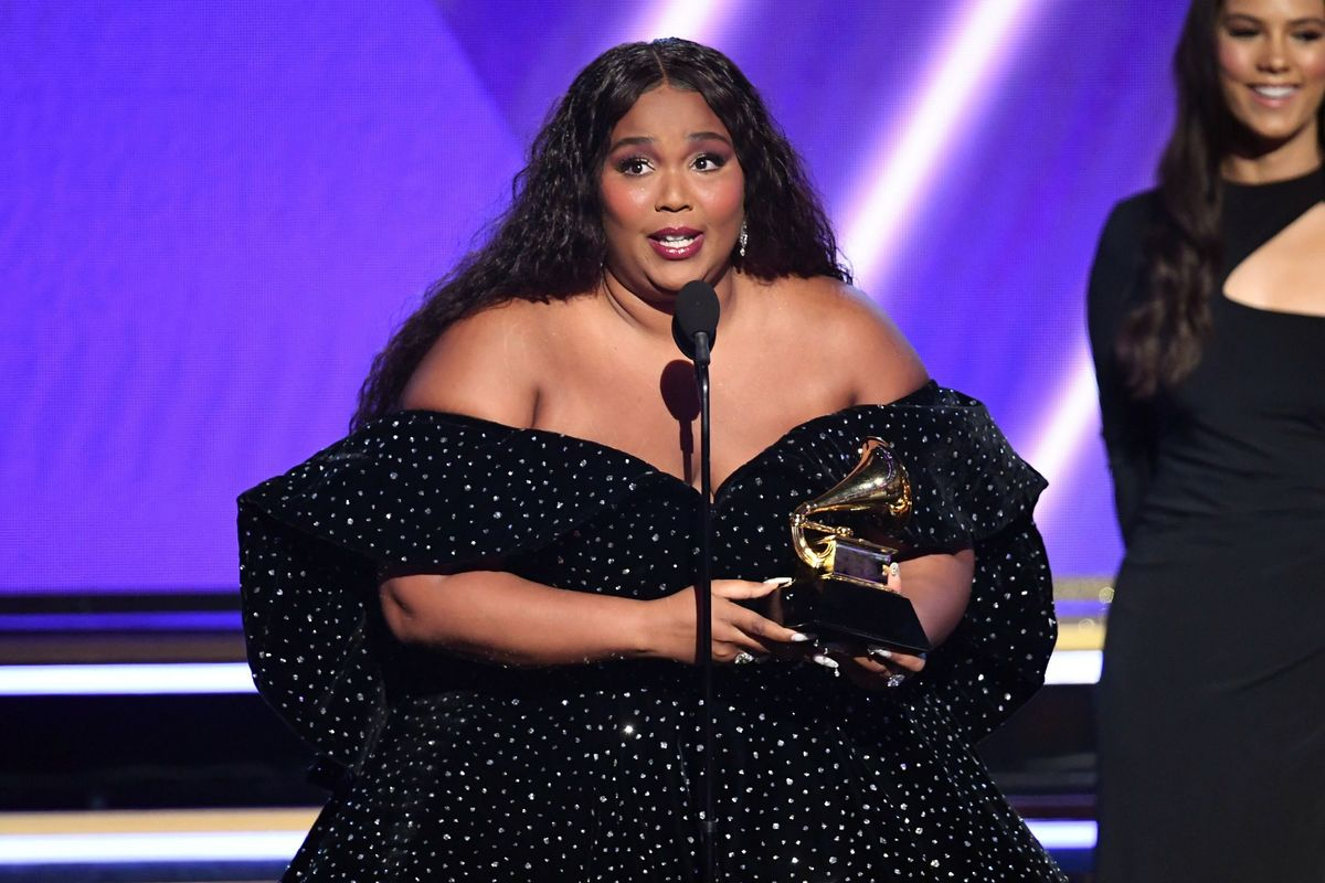 Lizzo Responds to Criticism Over Wearing a Face Mask