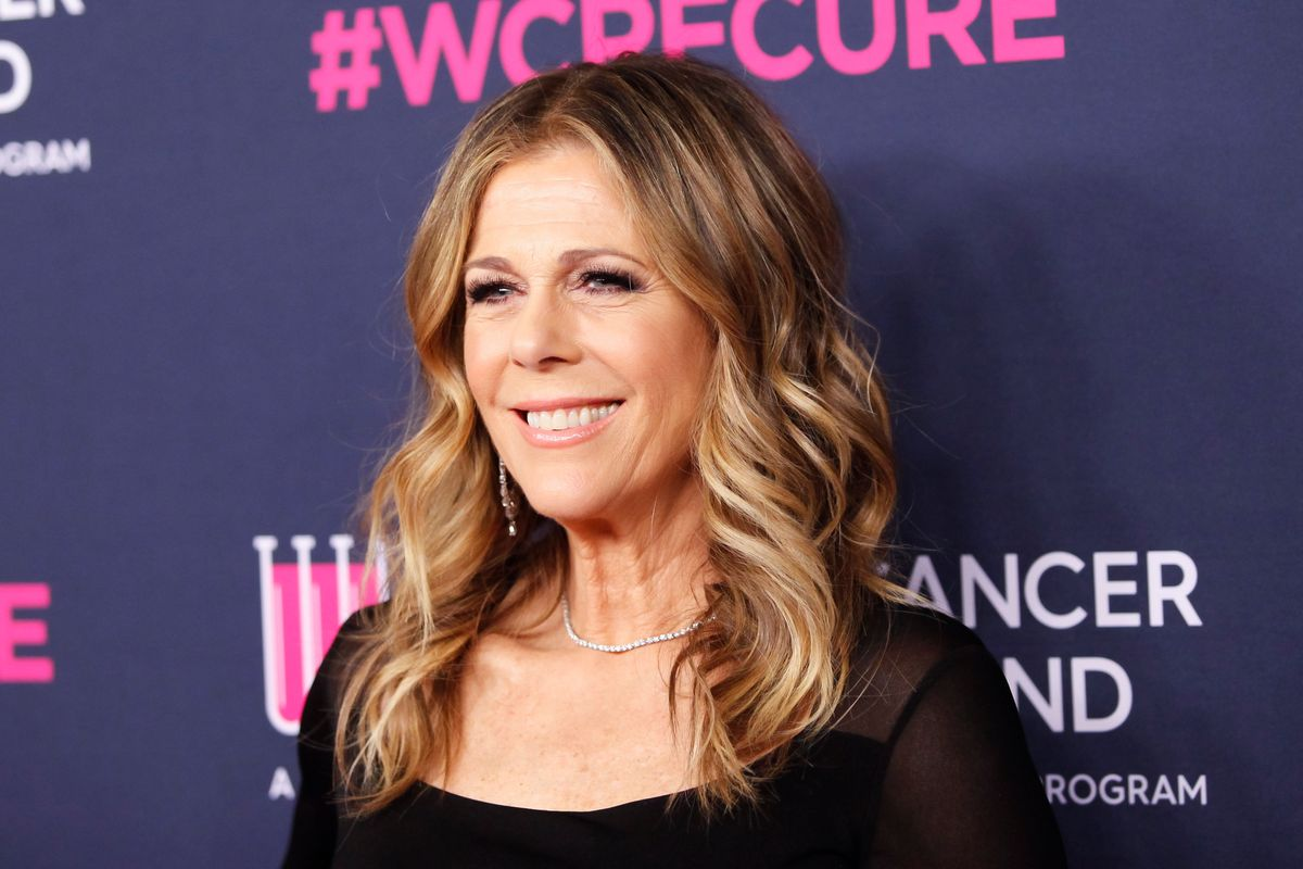 Rita Wilson Raps Naughty By Nature's 'Hip Hop Hooray'