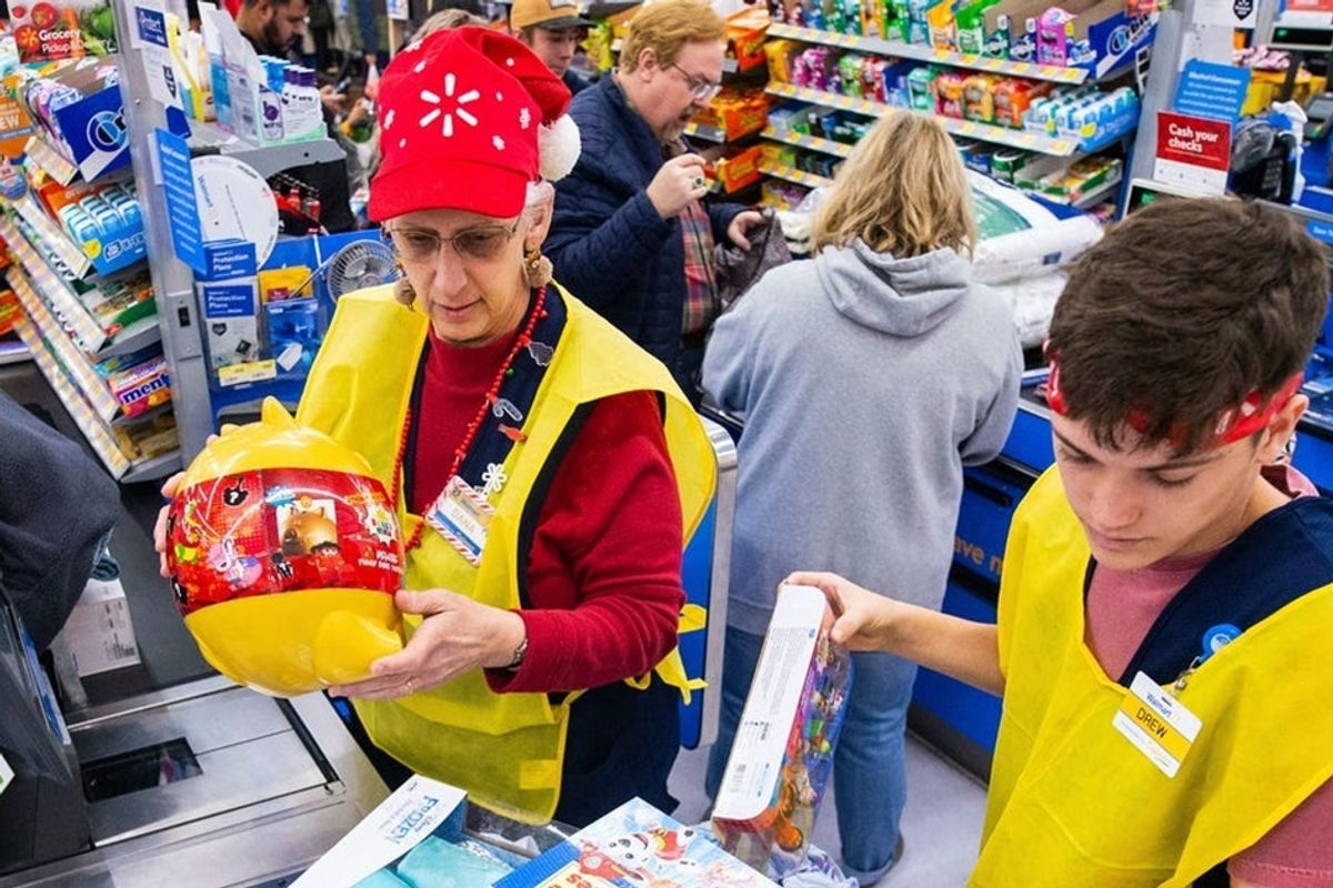 Walmart giving $550 million 'mini-stimulus' to its employees who are carrying on during the virus