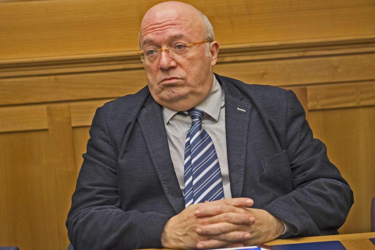 Francesco Storace: «Il Parlamento ricominci a riunirsi. Mattarella deve fare da garante»