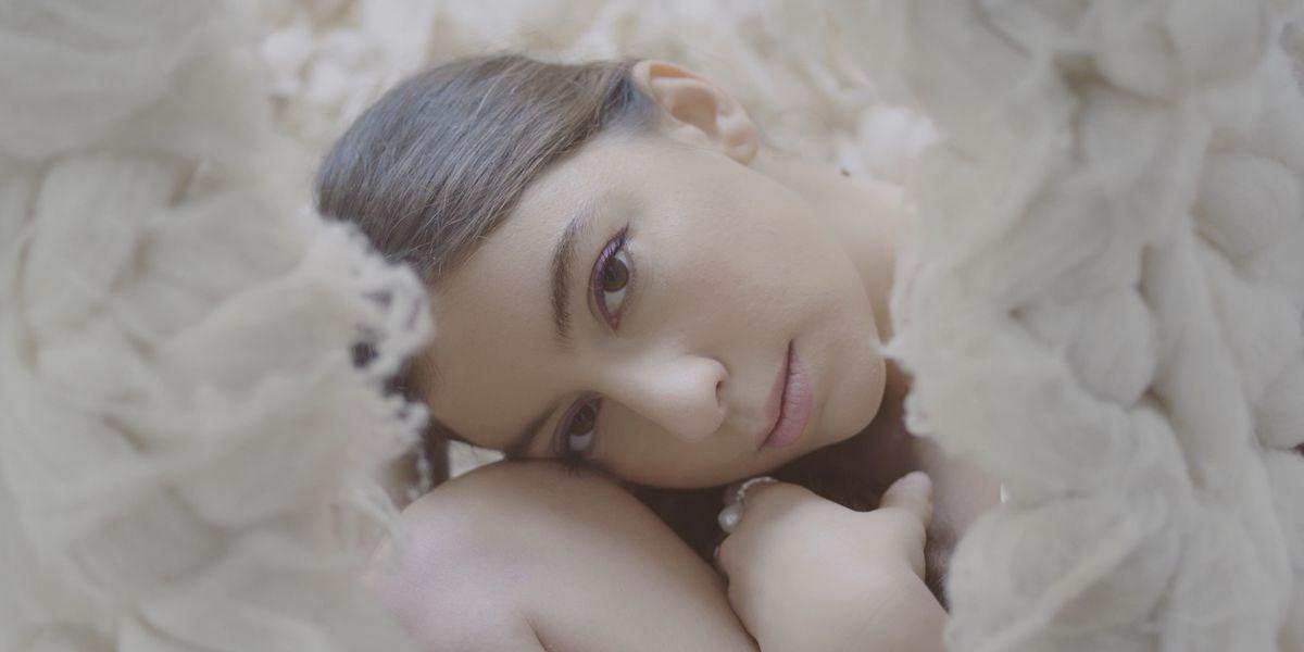 Watch Babé Sila Break Away From Her Anxiety in 'Hole'