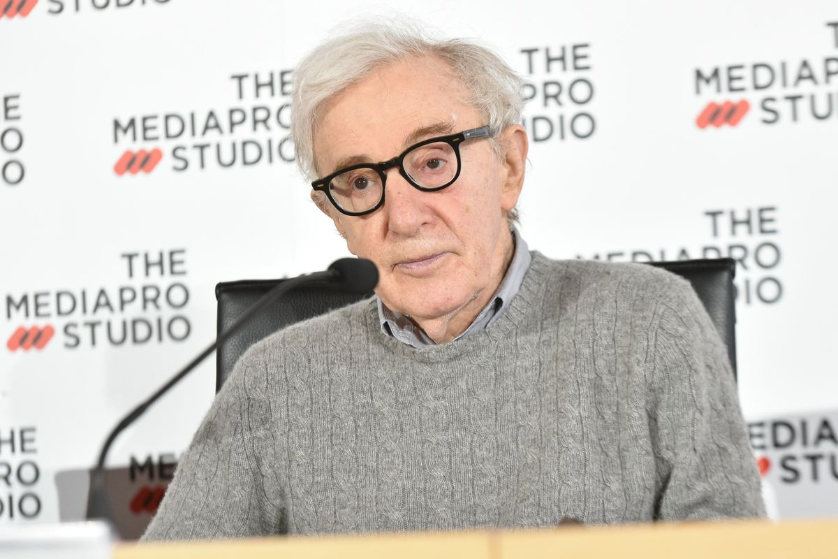 Woody Allen Attempts to Address His Films' Lack of Black Characters