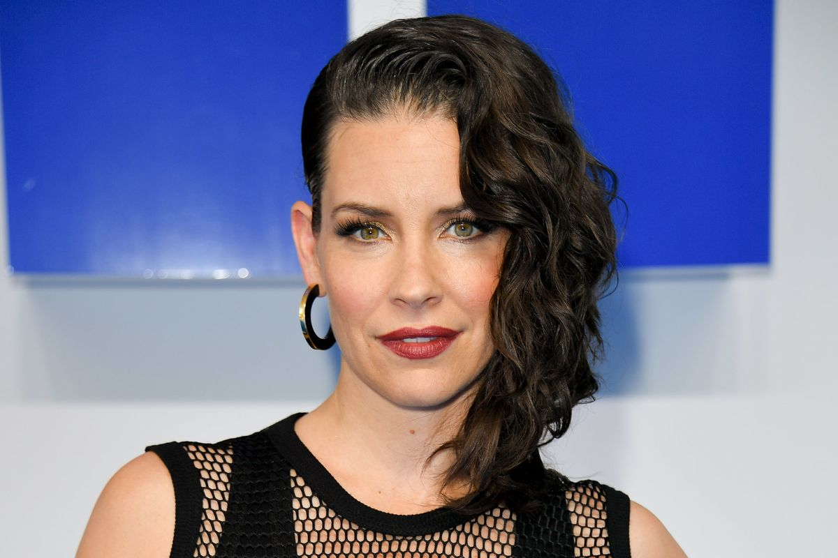 Evangeline Lilly Apologizes For 'Dismissive' Coronavirus Comments