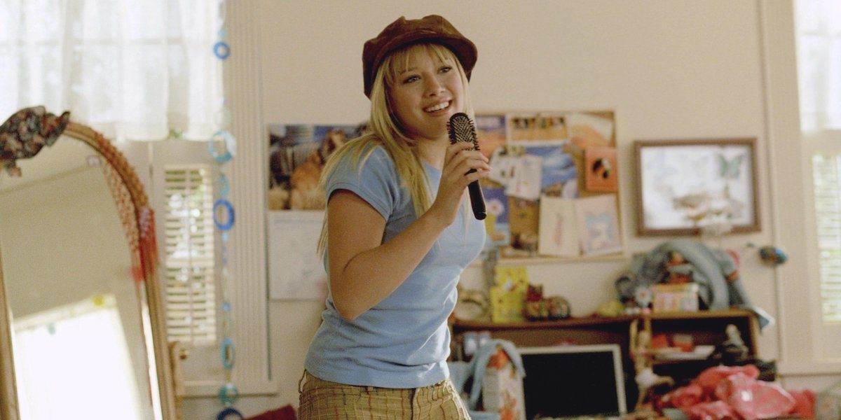 Hillary Duff Hinted At The Reason The 'Lizzie McGuire' Revival Stalled