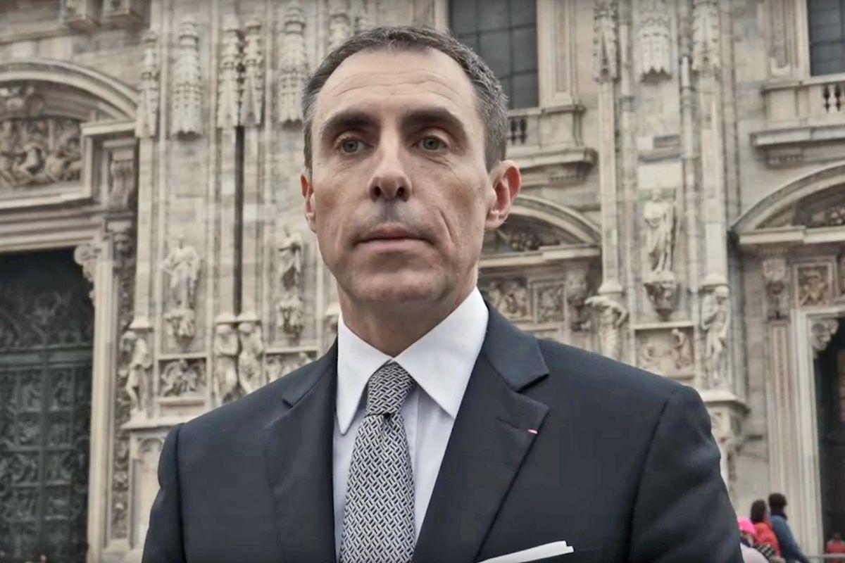«Repubblica» caccia l'ex militare appena ingaggiato contro l'epidemia