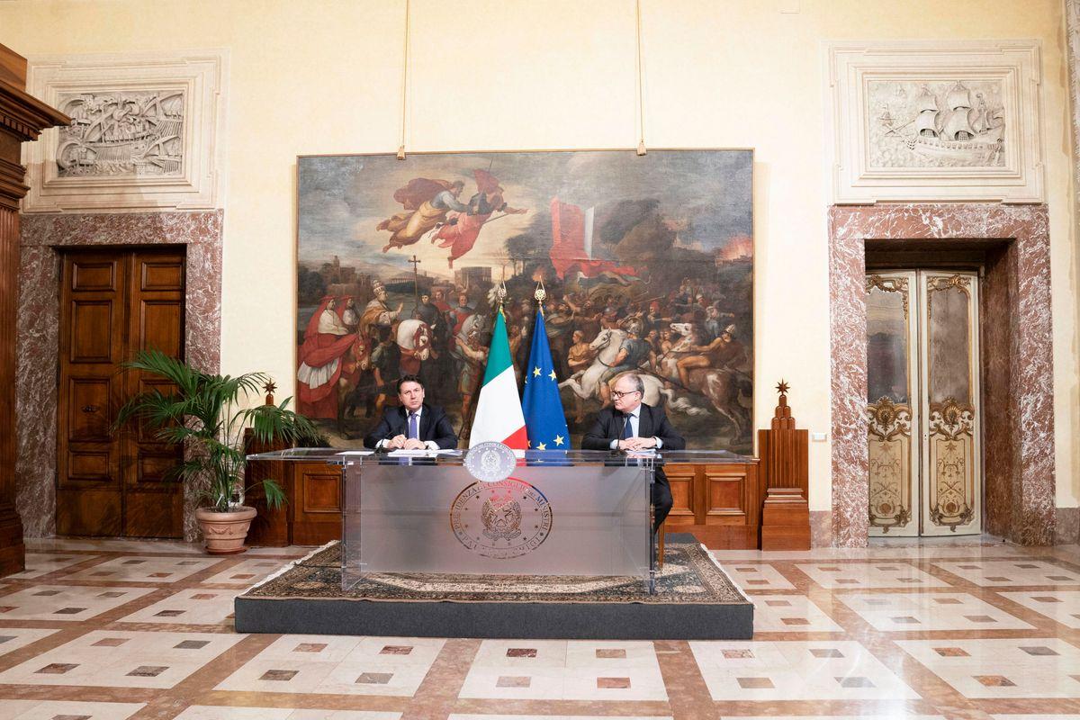 Lo Stato italiano ha scelto di pagare il pizzo