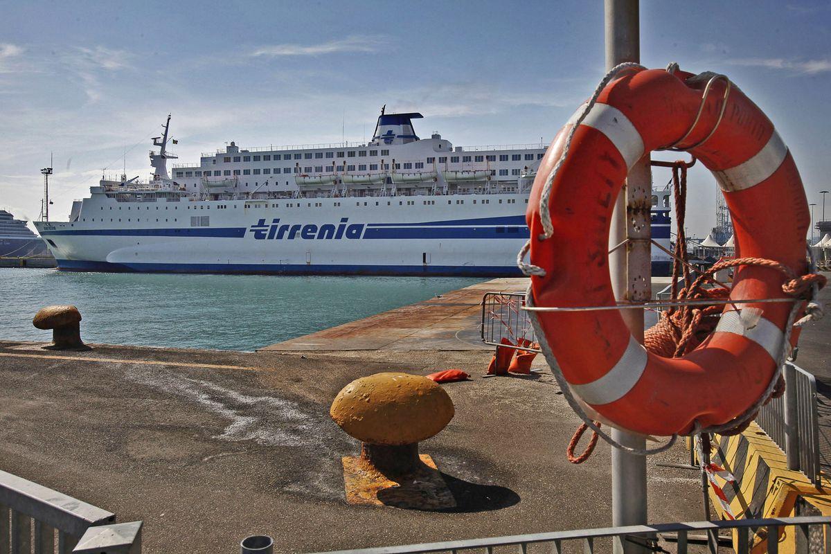 Tirrenia, saltano i collegamenti con le isole