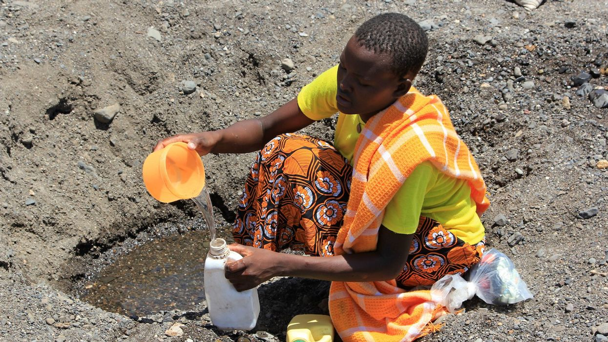 Can Countries in a Water Crisis Resist Coronavirus Spread?