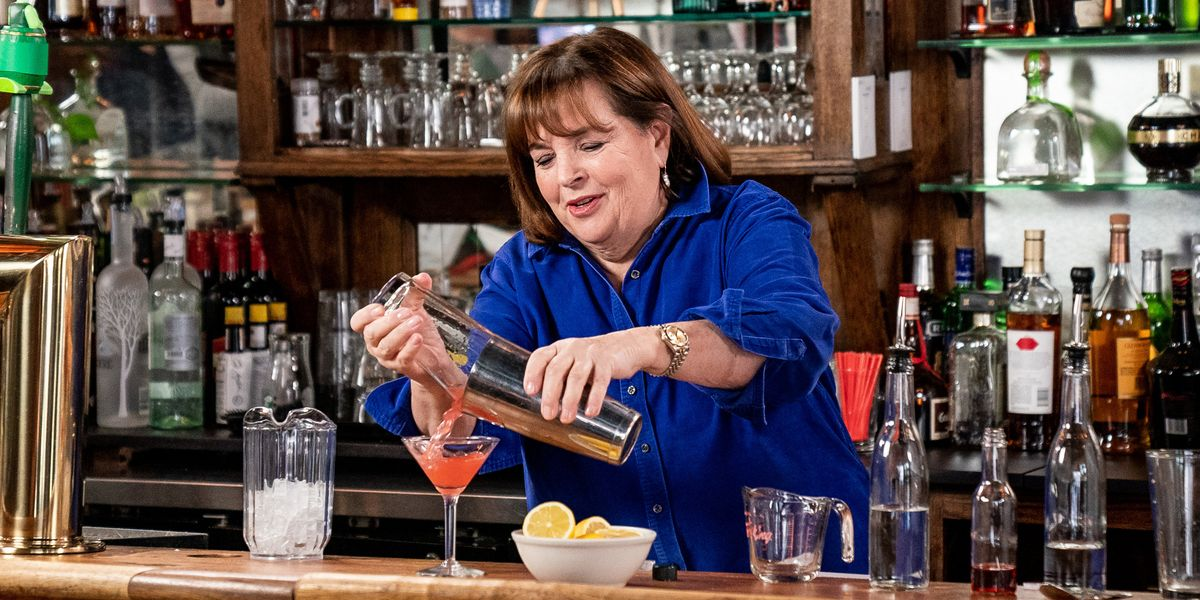 The Internet's Obsessed With Ina Garten's Enormous A.M. Cocktail