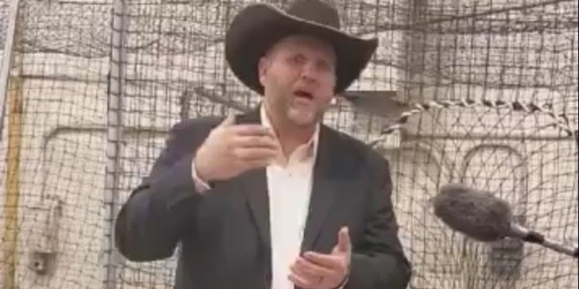 Ammon Bundy Doesn't Find Any 'Rona In HIS US Constitution